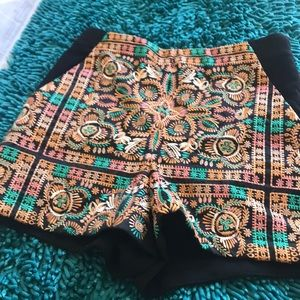 Topshop size 6 embroidered shorts